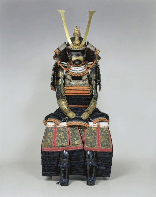 Haramaki-type armor