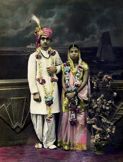 Wedding portrait of an Indian couple