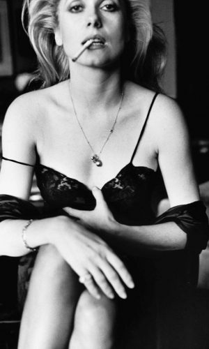 Catherine Deneuve, Esquire -1976 - © Helmut Newton Foundation_Berlin