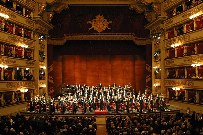 Milano gives students exposure to a thriving and globally famous cultural enviroment