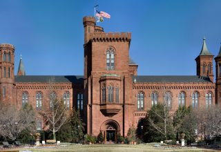 Smithsonian_Building